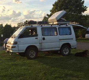 A Mitsubishi L300 4WD I spotted in Sweden
