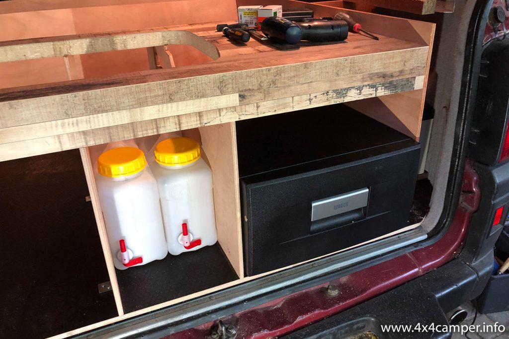Kitchen with drawer fridge installed