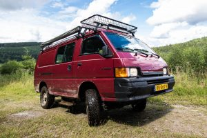 Mitsubishi L300 4WD camper Ardennen